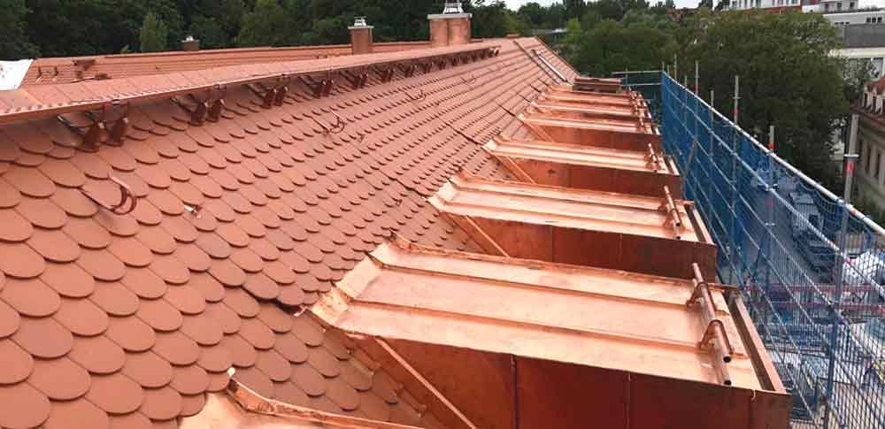 Dacheindeckung und Gaubengestaltung
